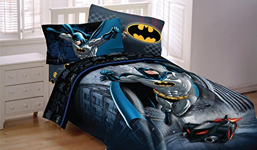 Batman-Bedding-Set-Guardian-Speed-Comforter-and-Sheets-0-0