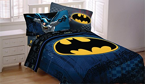 Batman-Bedding-Set-Guardian-Speed-Comforter-and-Sheets-0-1