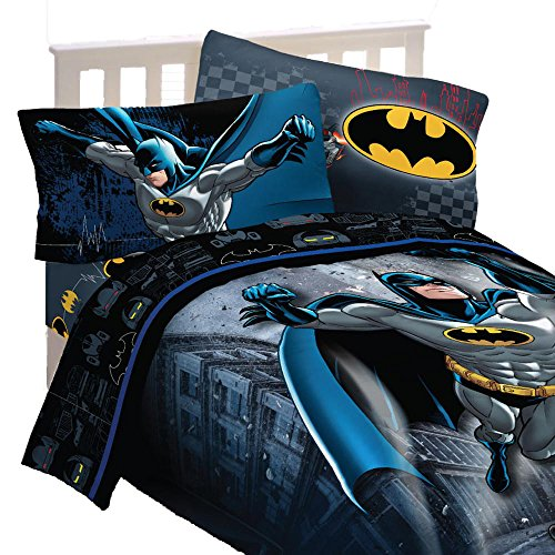Batman-Bedding-Set-Guardian-Speed-Comforter-and-Sheets-0