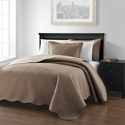 Chezmoi-Collection-Mesa-3-piece-Oversized-118×106-Reversible-Bedspread-Coverlet-Set-King-TaupeIvory-0