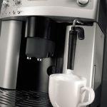 DeLonghi-ESAM3300-Magnifica-Super-Automatic-EspressoCoffee-Machine-0-1