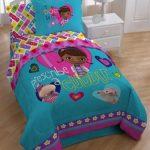Disney-Doc-McStuffins-Comforter-0-1