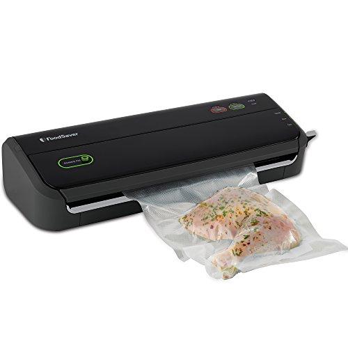 FoodSaver-FM2000-000-Vacuum-Sealing-System-with-Starter-BagRoll-Set-0