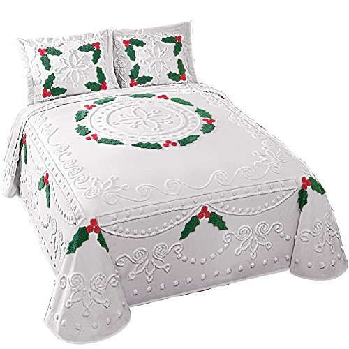 Holly-Berry-Chenille-Christmas-Bedspread-0