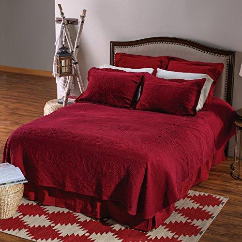 King-Charles-Matelasse-King-Bedspread-0-0