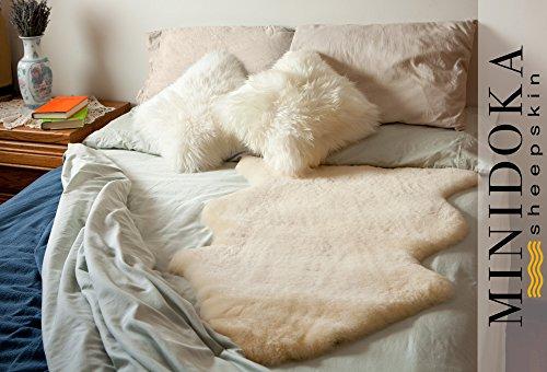 Medical-Sheepskin-Underlay-XL-41-and-up-Super-Plush-and-Silky-Soft-Merino-Lambskin-by-Minidoka-Sheepskin-0