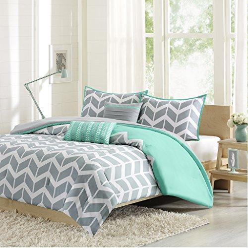 Nadia-Comforter-Set-0
