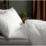 Pinzon-Pyrenees-Hypoallergenic-White-Down-Comforter-0