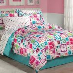 Retro-Peace-Signs-Turquoise-Pink-Girls-Comforter-Set-with-Bedskirt-0