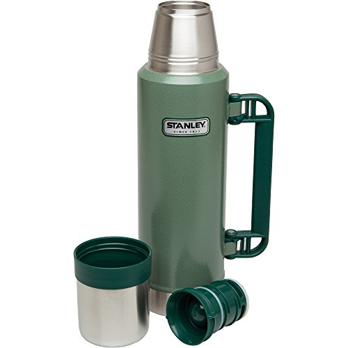 Stanley-Classic-Vacuum-Bottle-0-1