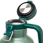 Stanley-Classic-Vacuum-Insulated-Growler-64-oz-0