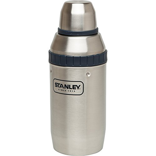Stanley-Happy-Hour-Shaker-and-Four-Cups-0-0