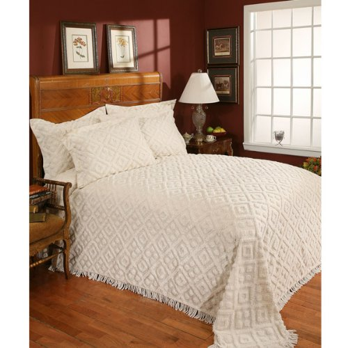 Stylemaster-Diamond-Tufted-Chenille-Bedspread-0