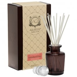 Aquiesse-reed-Diffuser-Gift-Set-French-oak-Currant–0