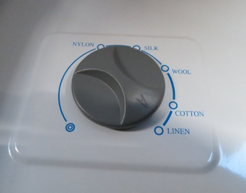 Compact-Ironing-Steam-Press-FREE-EXTRA-COVER-FOAM-RRP-4900-0-1