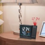 La-Crosse-Technology-616-146-Color-Projection-Alarm-Clock-with-Outdoor-temperature-Charging-USB-port-0-1