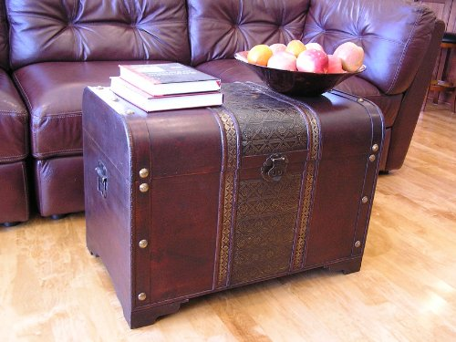 Old-Fashioned-Wood-Storage-Trunk-Wooden-Treasure-Chest-Enhanced-0-1