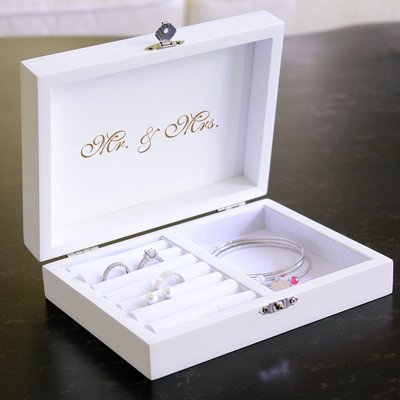 Personalized-Mr-Mrs-Ring-Bearer-Pillow-Keepsake-Box-with-Jewelry-Inserts-and-Mini-Love-Favor-Frame-0-1