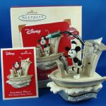QXD5047-Steamboat-Willie-Walt-Disneys-Mickey-Mouse-2003-Hallmark-Keepsake-Sound-and-Motion-Ornament-0