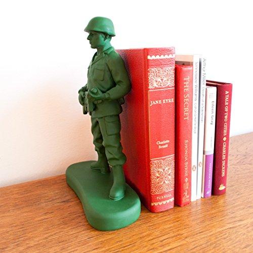 SUCK-UK-Homeguard-Soldier-Book-End-0-0
